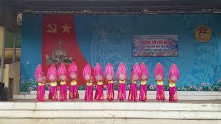 """Múa """"Từ Làng Sen"""" 10A4 THPT Xuân Mai K45"""