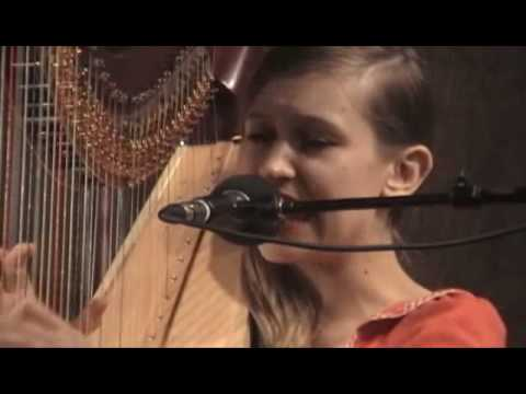 Joanna Newsom -  Bridges and Balloons (11.16.06)