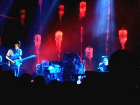 "Grizzly Bear ""A Simple Answer"" Dallas, TX 4/6/13"