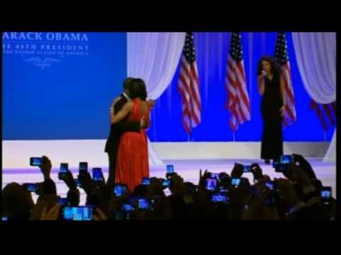Barack and Michelle Obama slow dance at inaugural Potrixnaija