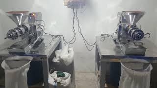 Cold press oil machıne soguk pres yağ makinası keten tohumu yagı sıkıyor