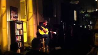 Watch Vince Gill This Old Guitar And Me video
