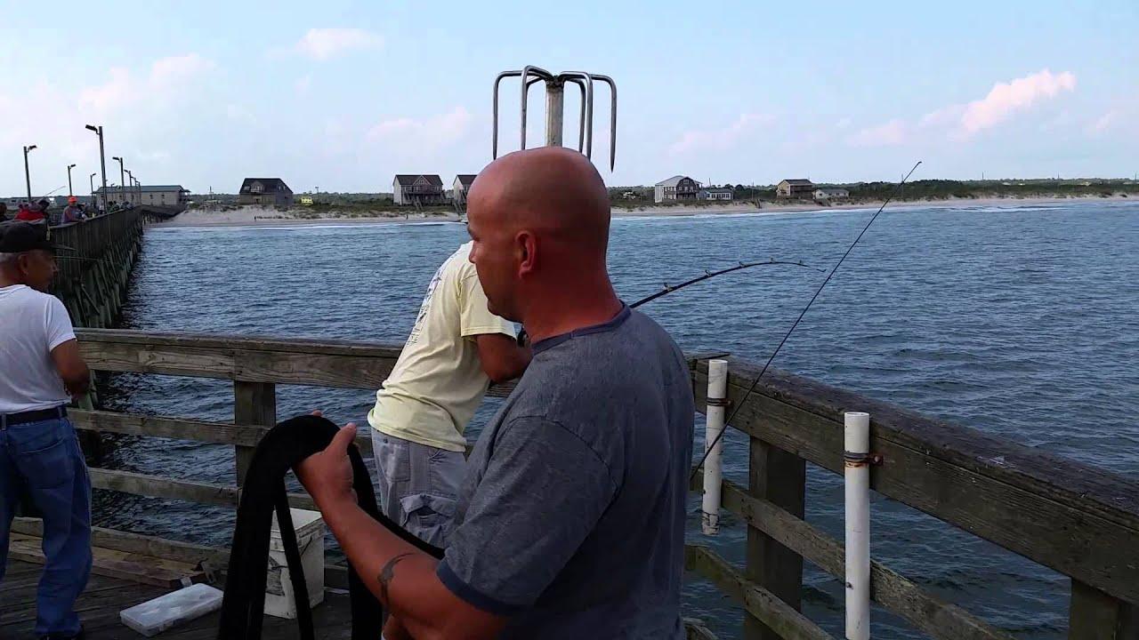 Tim chavez king mackerel 1002014 youtube for Seaview pier fishing report