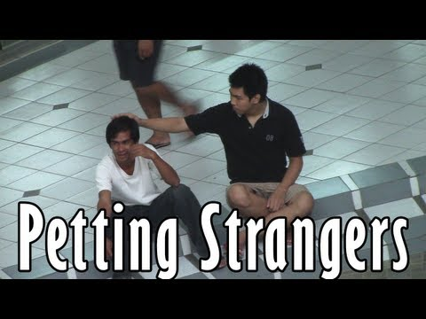 Petting Strangers - Pinoy Public Pranks