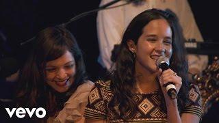 Download video Amor, Amor de Mis Amores (En Vivo [Sala Telefónica del Centro Cultural Roberto Cantoral])