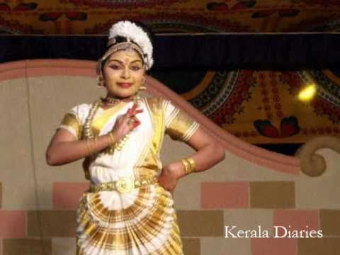 Mohiniyattam Performance By Radhisha V Nair, Classical Dance Drama Kerala Diaries video