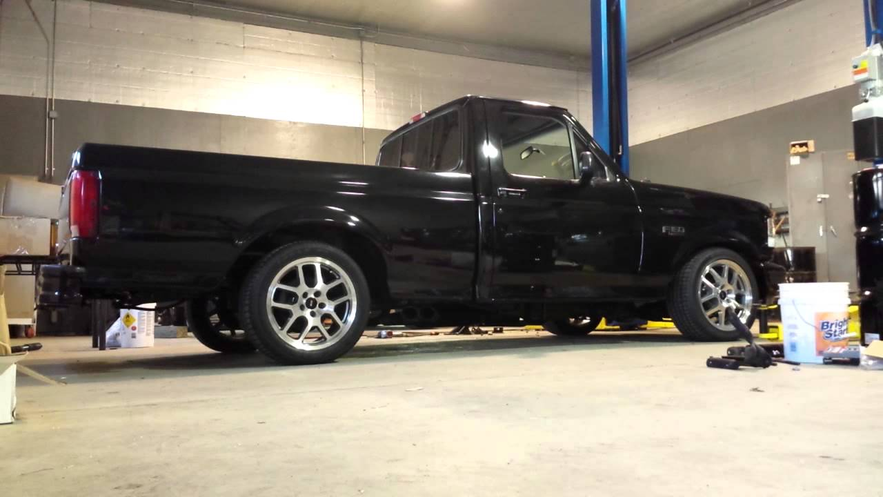 F 150 Custom >> 95 Ford SVT Lightning quick start up and a couple revs - YouTube