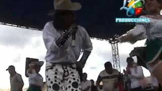 Angel Guaraca vecinita 2010.flv
