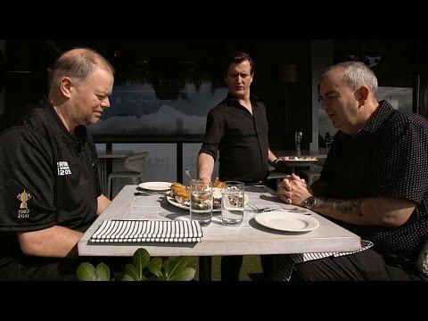 Phil Taylor and Raymond van Barneveld Dinner Date In New Zealand!