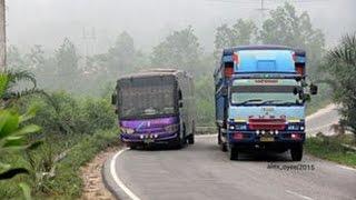 Aksi bus sumatra lintas timur