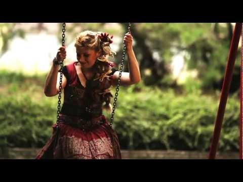 Motiva Zenekar - Kicsike - Hungarian Music - ének Kovács Nóri