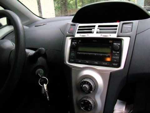 2007 Toyota Yaris after market radio install 2
