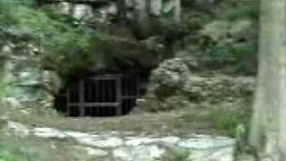 Tumbling Rock Cave