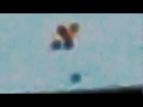 UFO - OVNI - Strange objects flying over New York