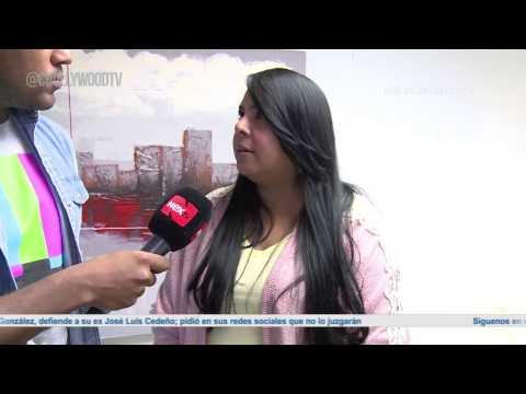 Milena Pernett entrega dinero para Laura Ornano