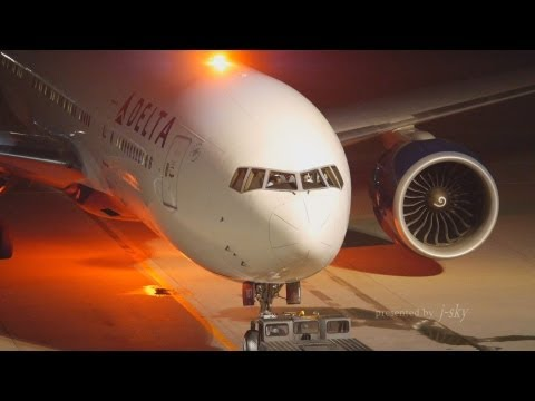 Delta Air Lines 777-200LR at NRT/RJAA