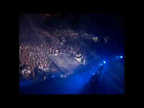 Ákos   ADJON ISTEN Ikon koncert