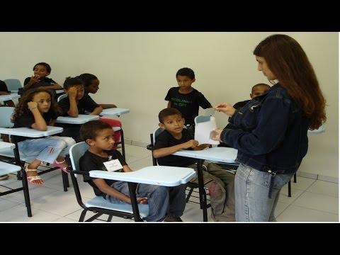 Clique e veja o vídeo Curso A Criança e o TDA/H - Transtorno do Déficit de Atenção e Hiperatividade