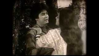 Bangla old Movie Song- amar buker moddhe khaney