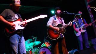 Watch Turnpike Troubadours Austin To Ashes video