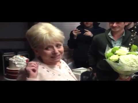 Joy for Dame Barbara Windsor on EastEnders set
