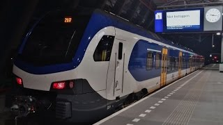 Aankomst Flirt 2201 in Station Lelystad Centrum
