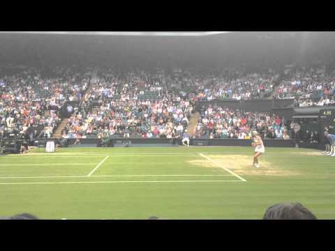 Watch Maria Sharapova's amazing rallying at Wimbledon 2014!!!