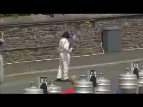 مسابقات موتور سواری مرگ بار با سرعت بالای 200 کیلومتر
