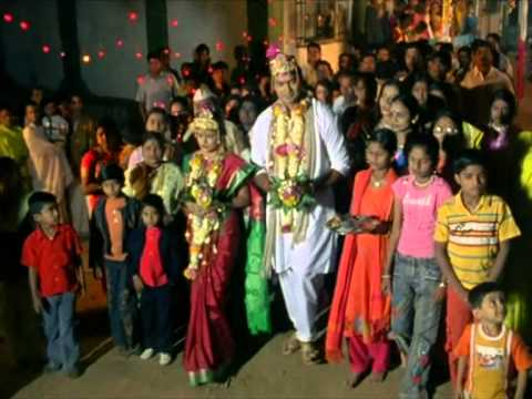 Rasikachya Lagnat - Aavaru Kiti Me - Marathi Wedding Song video