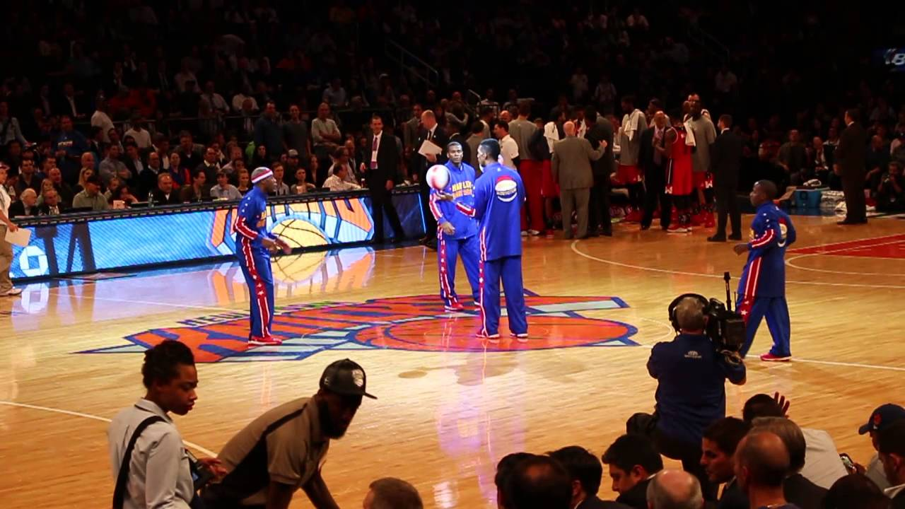 Globetrotters At Knicks Game Youtube