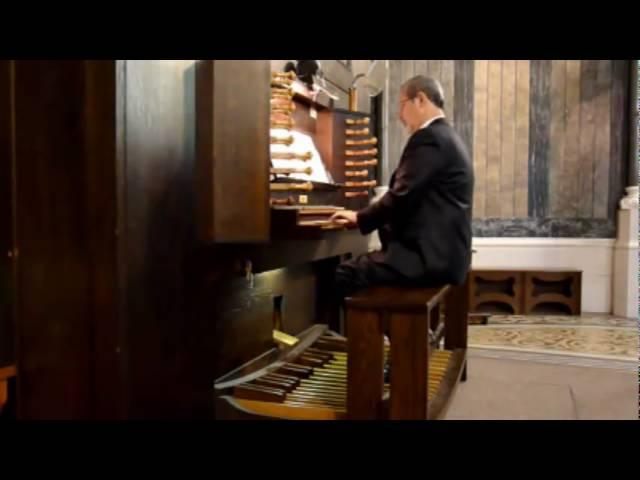 Gottlieb Muffat: Fugue in g minor.  Claudio Di Veroli, organ