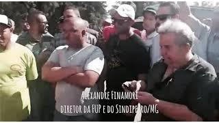 Diretor da FUP conversa com caminheiros sobre preço dos combustíveis no Brasil