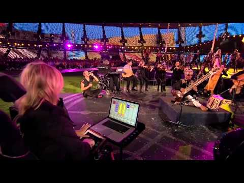 Coldplay live Paralympic Games 2012 - Strawberry Swing