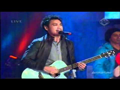 "Ello ""Masih Ada"" BSD City 22 Years 25 Feb 2011 live @ Trans Tv"
