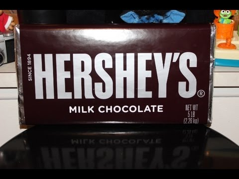 UNWRAPPING WORLDS LARGEST HERSHEY'S BAR
