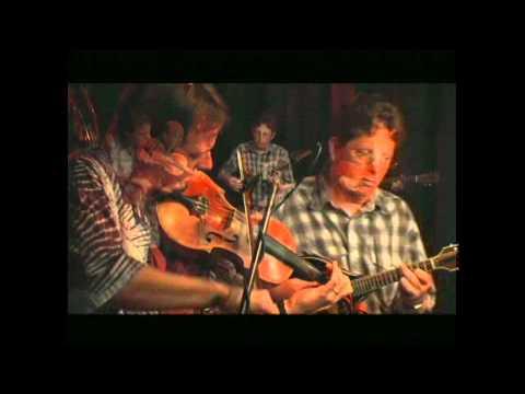 Bryan Sutton w.Tim O'Brien band - Gentle On My Mind