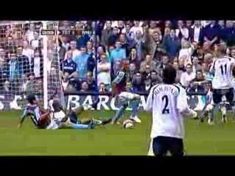 Jermaine Defoe 'bites' Javier Mascherano