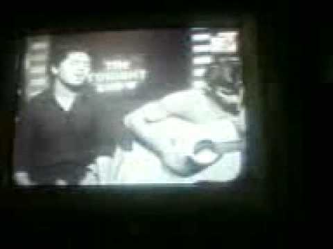 Zain Ul Abideen - Chue Chue (Live on M-TV Pakistan)