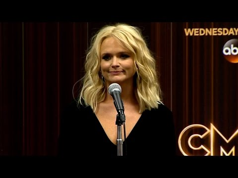 Miranda Lambert Speaks Before Nissan Stadium Performance