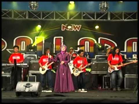 Evie Tamala - Mendamba [Official Music Video]