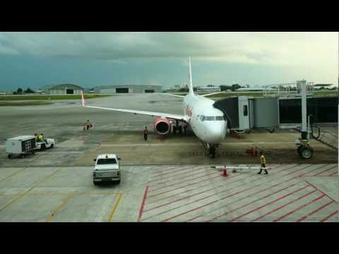 Malindo Air Flight OD1621, KCH-KUL, 9M-LNG, B737-900ER