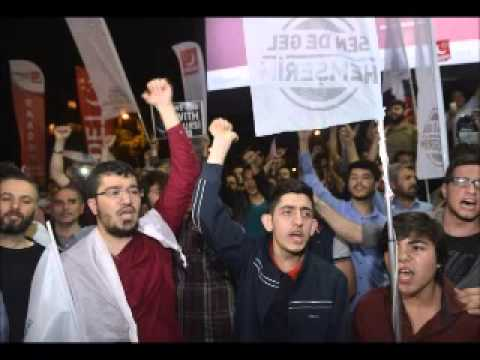 Hundreds protest in Istanbul against Morsi death penalty