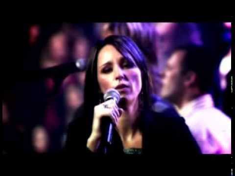 Hillsongs - Savior God He Reigns