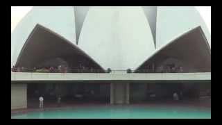 Visiting the Red Fort, Lotus Temple and Gandhi Memorial in Delhi, India 2013
