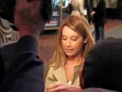 Ashley Tisdale Signs her Autograph for Fans at Premiere