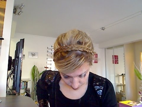 tuto coiffure 27 chignon original pour cheveux longs et mi longs youtube. Black Bedroom Furniture Sets. Home Design Ideas
