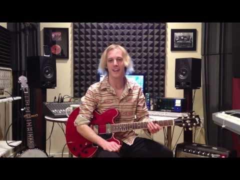 Blues Guitar Lesson On Muddy Waters - Hoochie Coochie Man Guitar Riff