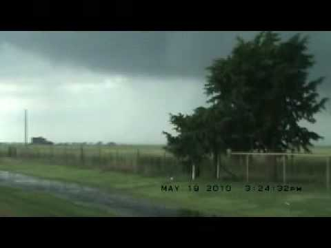 tornado pics 2010. Tornado Compilation 2010
