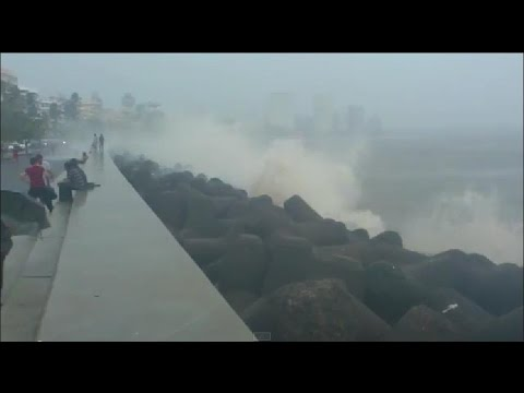 Monsoon High Tides Splash Marine Lines - Mumbai
