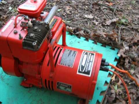 Pincor Generator 2000 Watt 15 Amp 120 Volt Electric